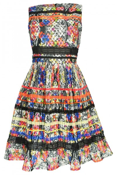 Floral pleated dress with lace trims